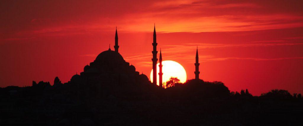 Schöner Sonnenuntergang in der Türkei (Istanbul)